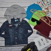 12 месяцев обалденный фирменный пиджак джинсовая курточка куртка с капюшоном
