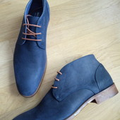 Ботинки із нубуку зовні і нат.шкіри всередині 42 рр і устілка 28,5 см з носиком.