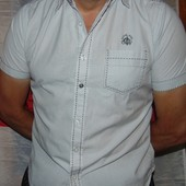 Стильная фирменная нарядная рубашка шведка бренд Brave Soul .м-л