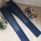 Ровные джинсы размер С(27) Levis оригинал