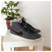 Высокие замшевые кроссовки Nike рр 38