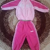Спортивный костюм Lonsdale для малышки 18-24 месяцев в идеале.