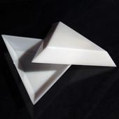 Поддон лоток треугольник для страз и мелкого декора