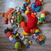 Игрушки от рождения погремушки развивающие Lamaze Nuby Disney