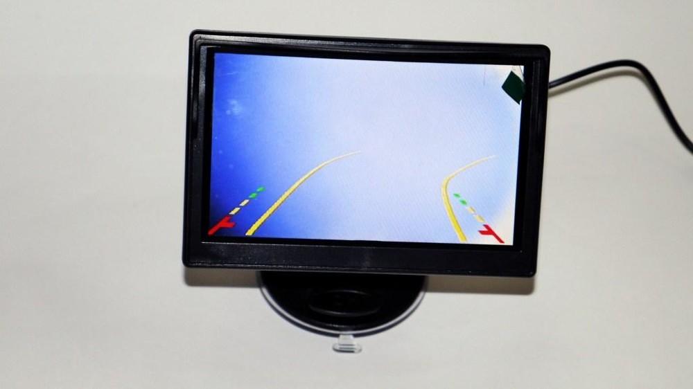 Камера заднего вида 103 с подсветкой и динамической разметкой фото №1