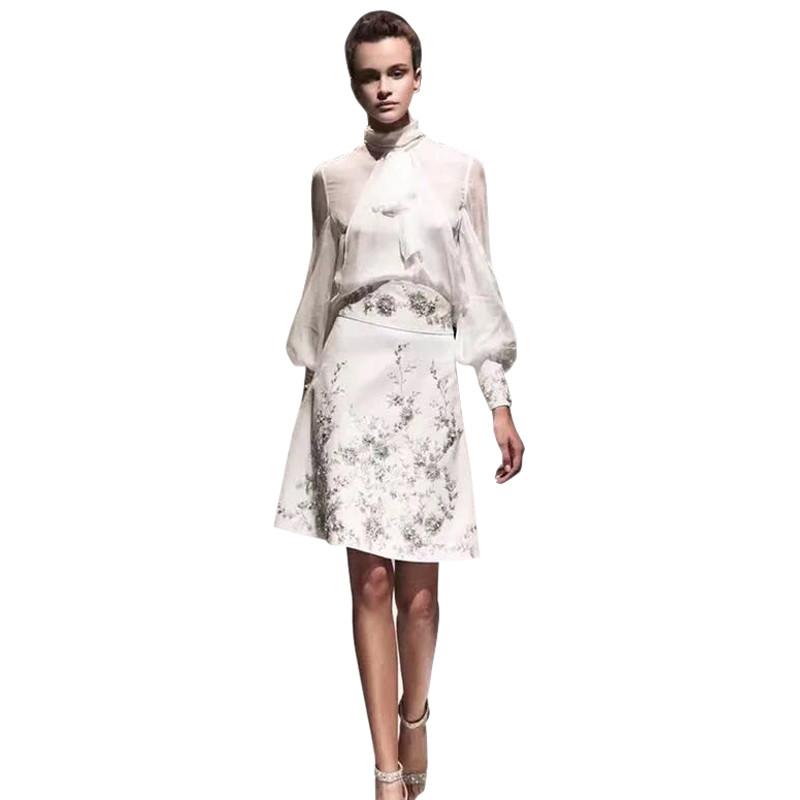 Нарядный женский костюм размер s реплика луи витон фото №1