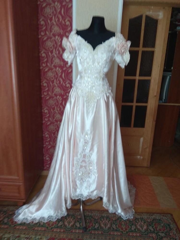Шикарне весільне плаття фото №1