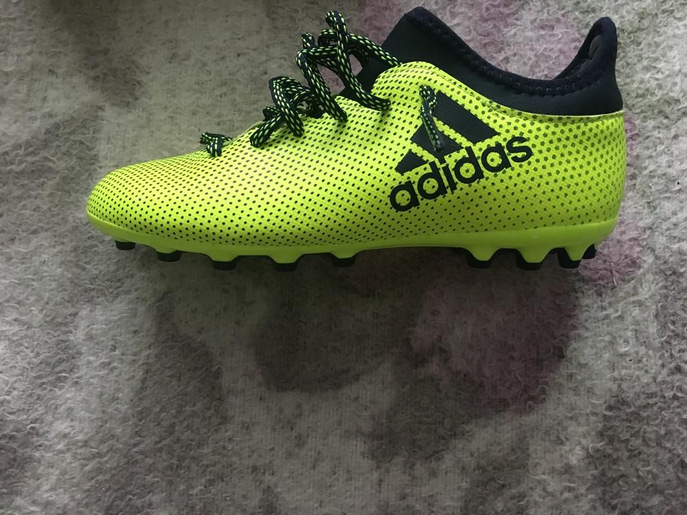 Adidas бутци фото №1