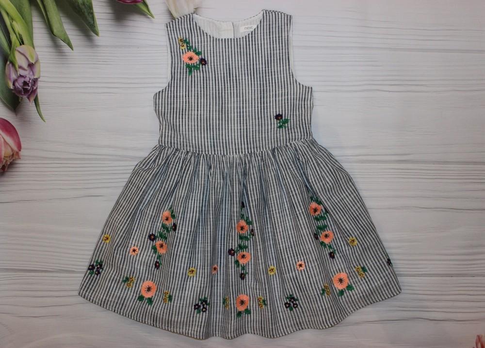 Шикарное платье next на 5 лет фото №1