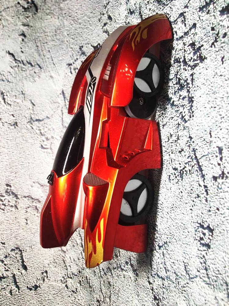 Радиоуправляемая игрушка climber wall racer антигравитационная машинка, ездит по стенам и потолку! фото №1