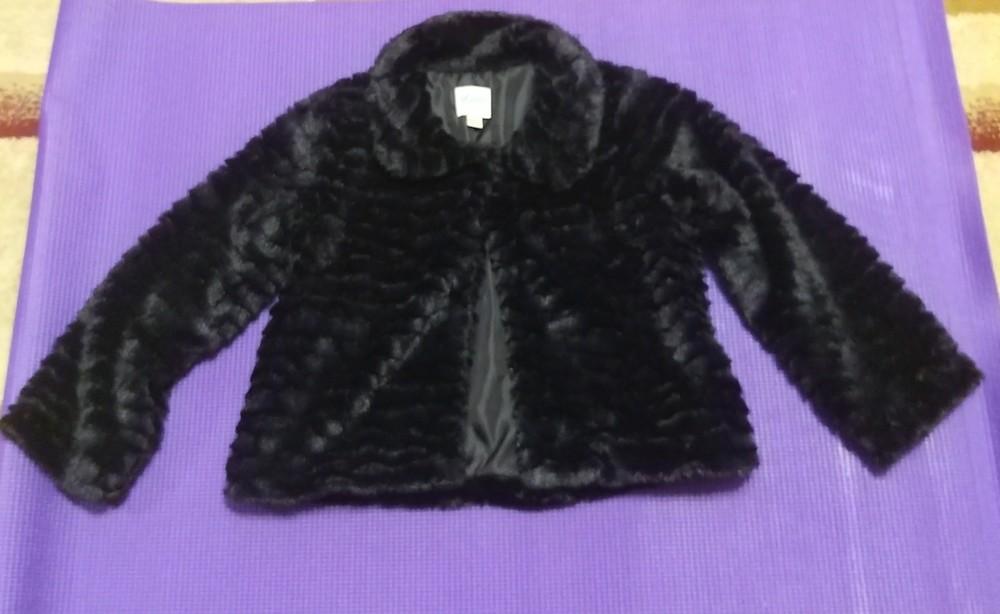 Меховая нарядная накидка-болеро для девочки фото №1