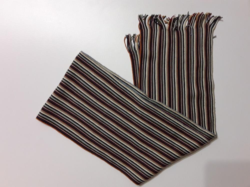 Фирменный шарф фото №1