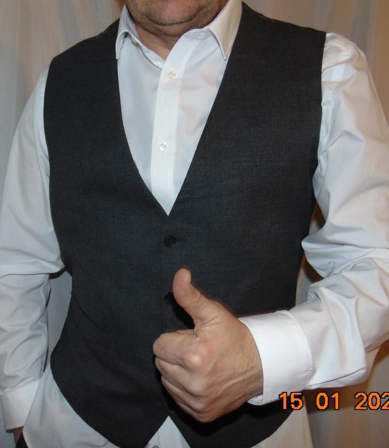 Нарядная стильная фирменная деловая жилетка жилет безрукавка бренд taylor&wright.л-хл . фото №1