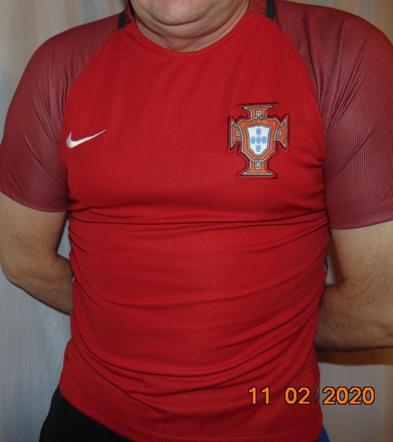 Спортивная фирменная футбольная футболка nike зб португалии .м. фото №1
