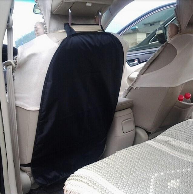 Защитный чехол на спинку переднего сиденья в авто фото №1
