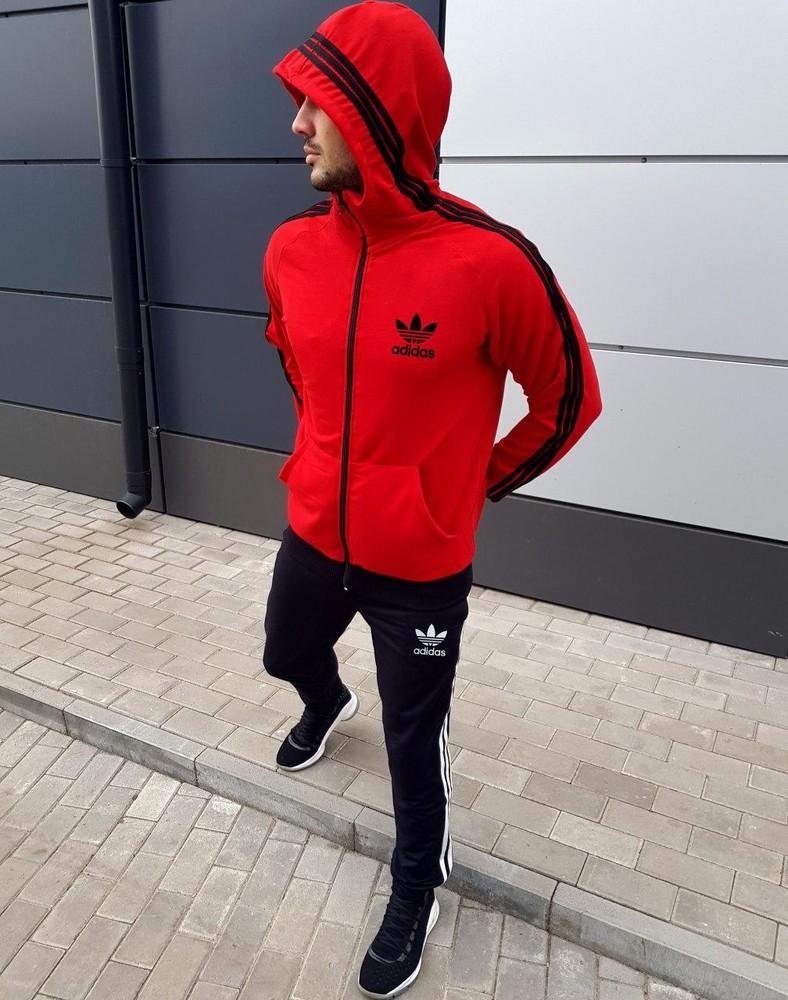Мужской спортивный костюм фото №1