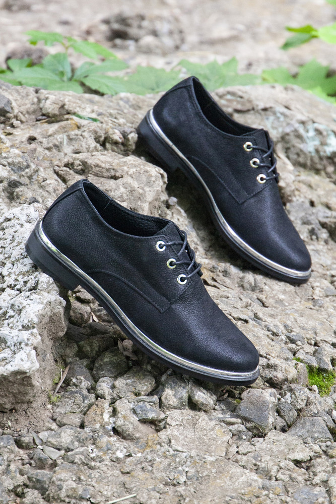 Черные кожаные закрытые туфли 37 размера фото №1