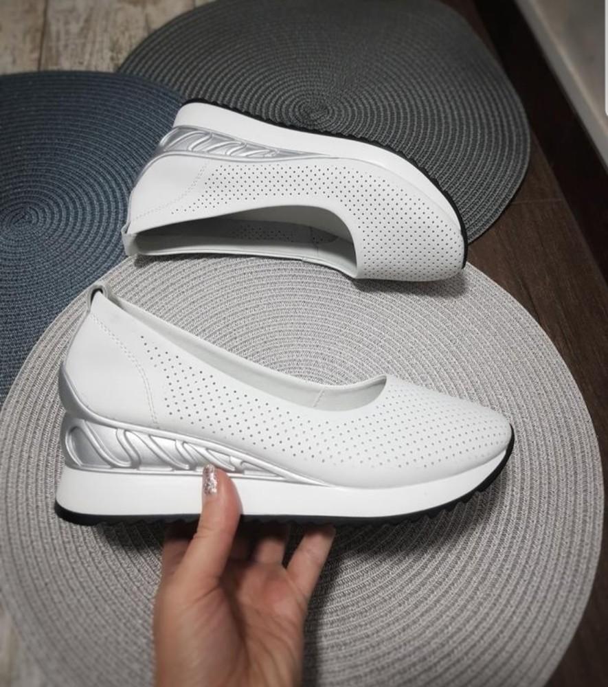 Туфли женские кожаные на танкетке фото №1