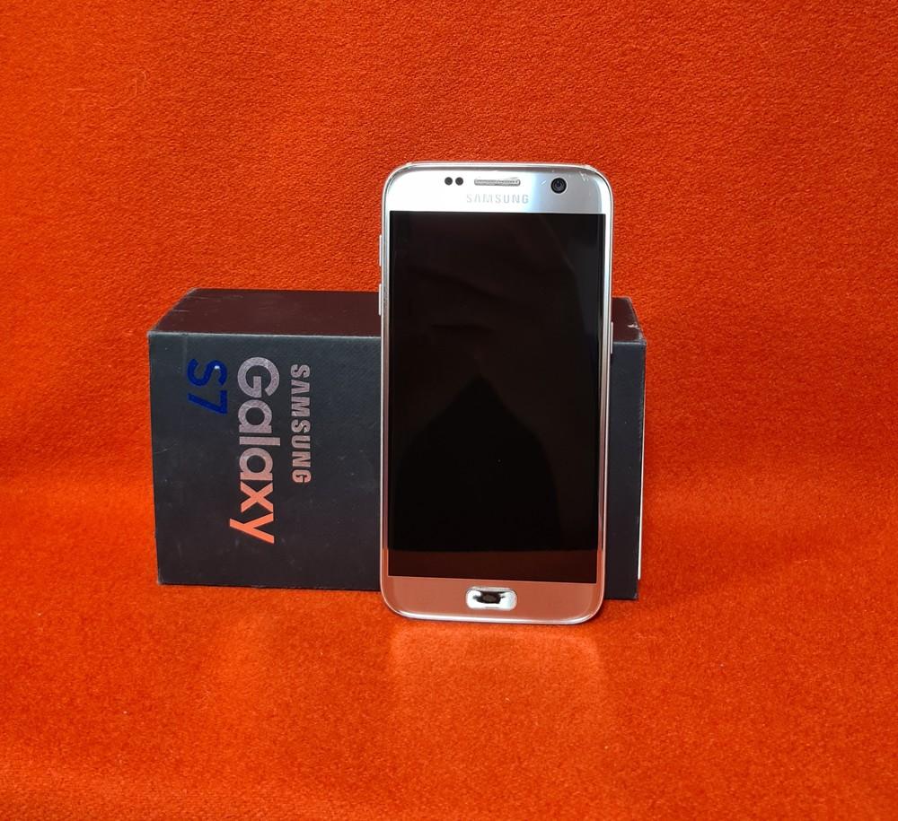 Мобильный телефон samsung galaxy s7 фото №1