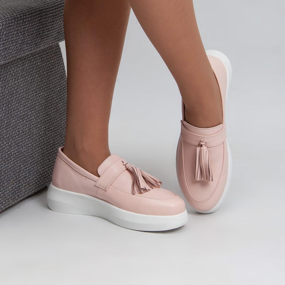 Кожаные туфли-лоферы с кисточками 40 размера фото №1