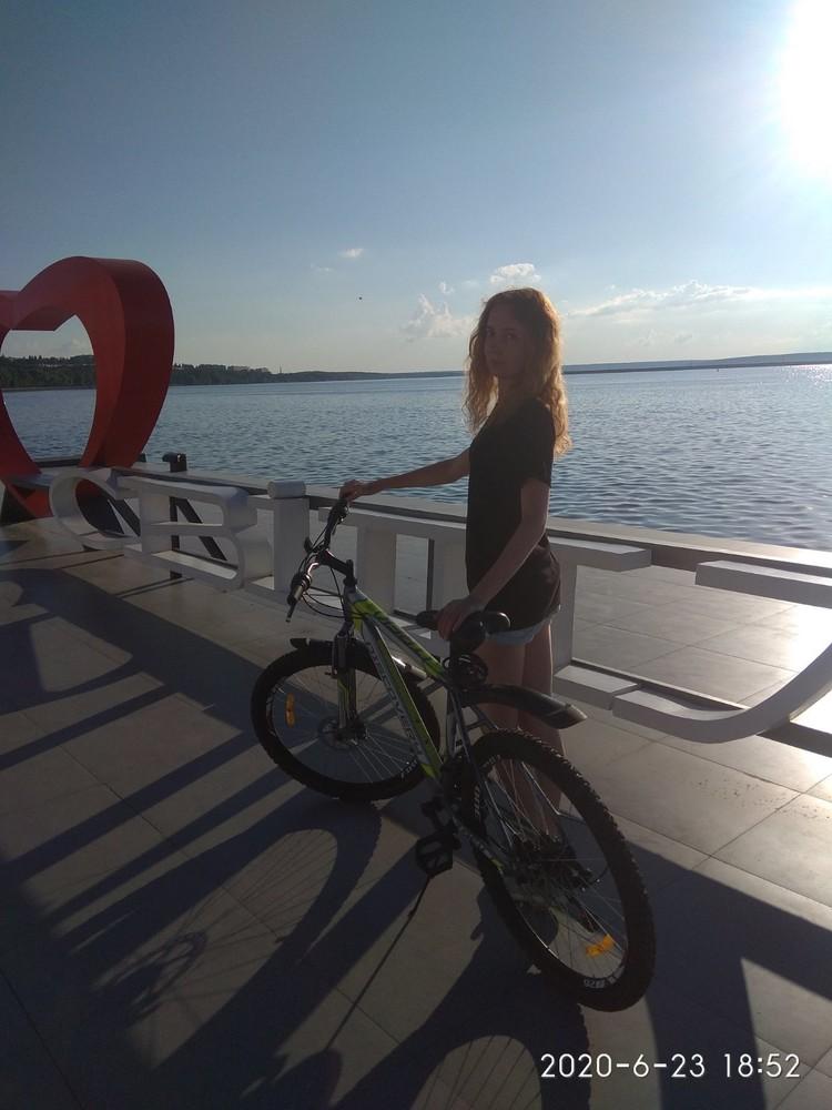 Велосипед ,discovery серебристо -зеленый . фото №1